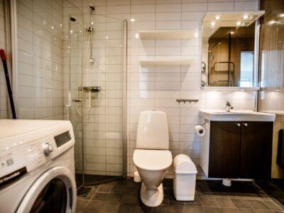 FSL_R7880120_Toalett_dusch_bastu_IMG_4996